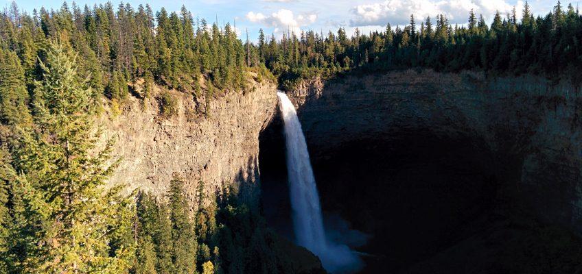 Wells Grey Provincial Park - Helmcken Falls