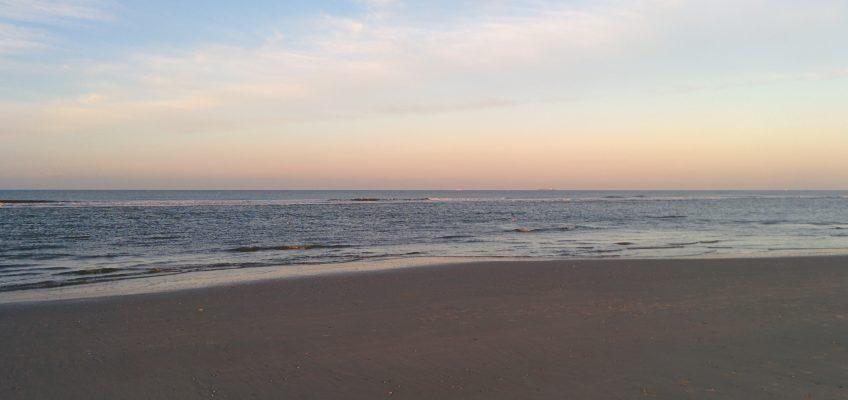 Sonnenuntergang am Strand vom Spiekeroog